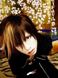 yuri☆yuriが選ぶヒロトのアー写1413